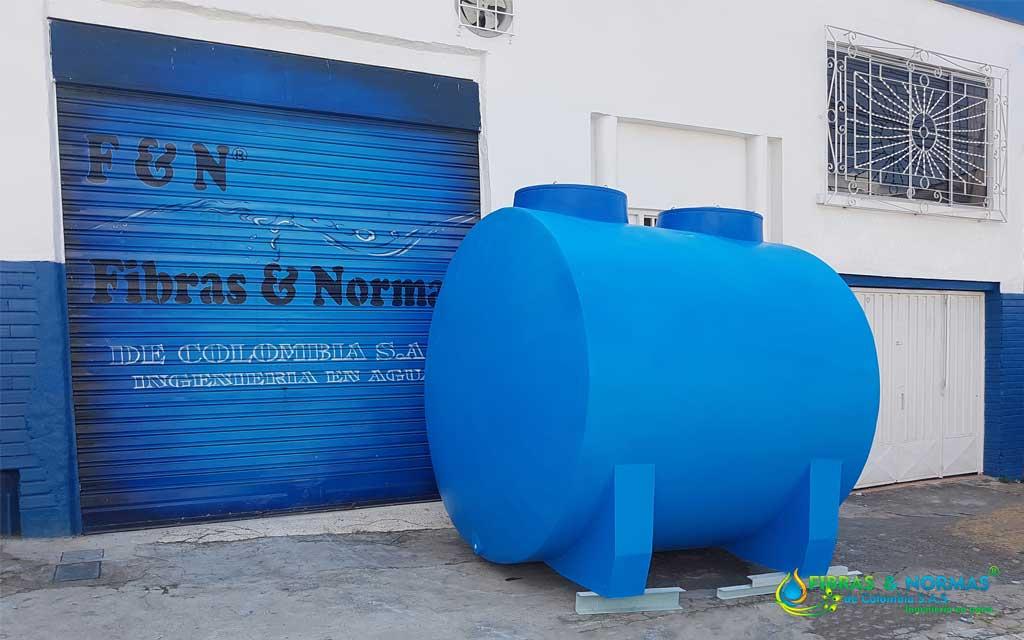 Tanque de almacenamiento horizontal para agua